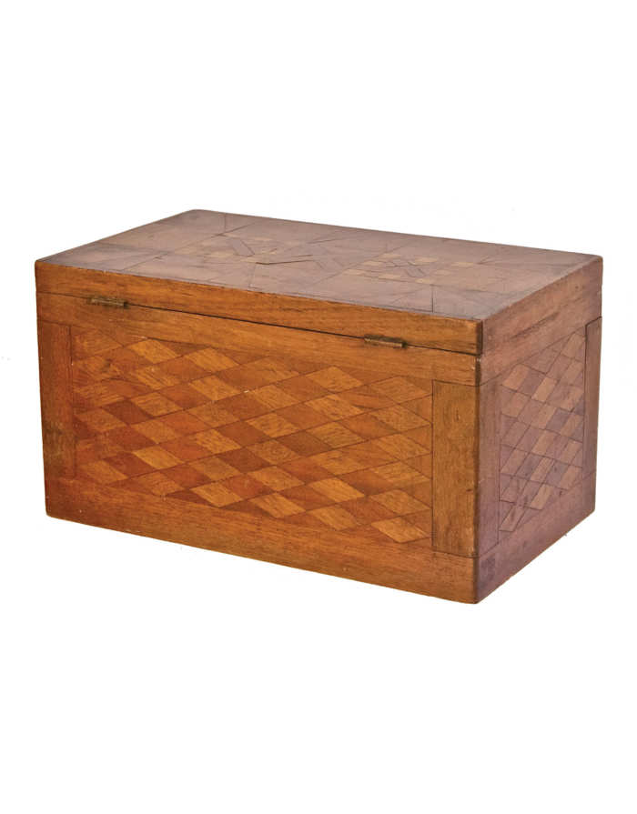 Lot 187: Storage Box