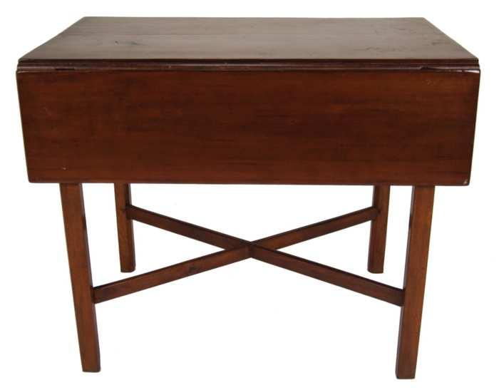 Lot 145: Pembroke Table