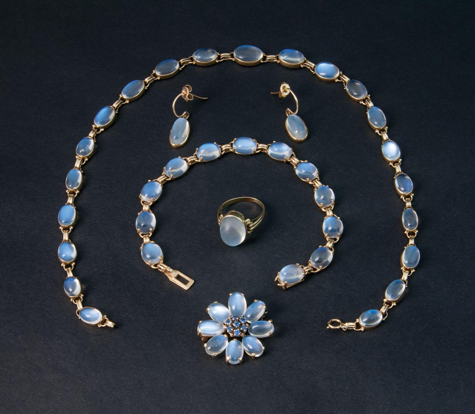 moonstone jewelry gold - photo #17