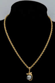 14k, gold, chain, dolphin, black, pearl