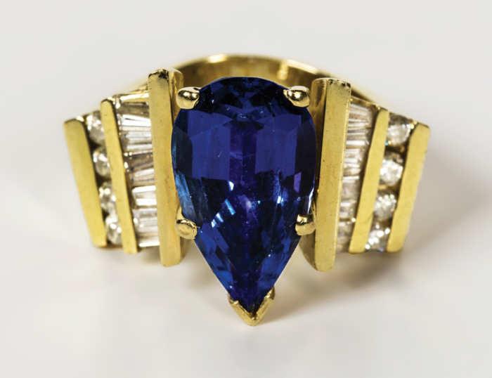 Ladies Tanzanite And Diamond Ring